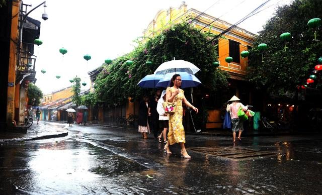 Khám phá Hội An khi mùa mưa về