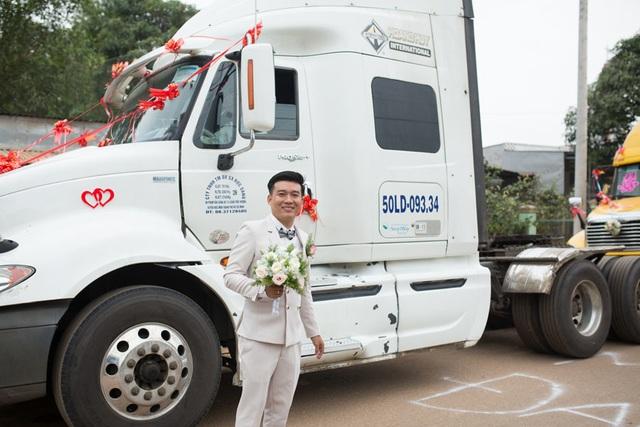 Chú rể Đồng Nai mang 6 container đi đón dâu khiến nhà gái bất ngờ - 3