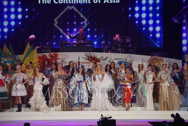Hoa hậu Quốc tế 2019: Tường San lọt top 8, người đẹp Thái Lan giành vương miện - 53