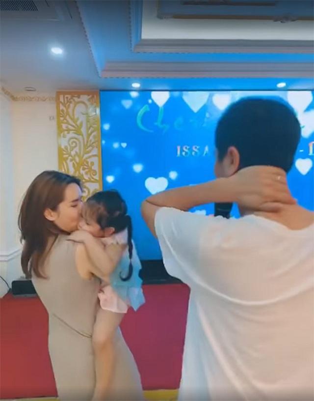 Lưu Hương Giang, Hồ Hoài Anh hạnh phúc sau ồn ào hôn nhân - 4
