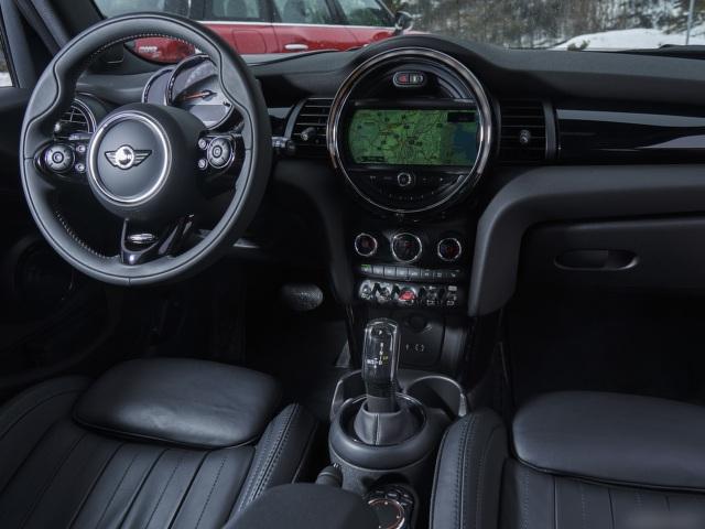 MINI Cooper S 5 cửa - Chất MINI trong từng chuyển động - 8