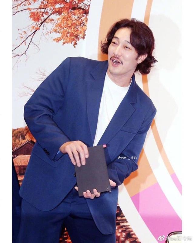 """Trước khi trở thành """"ông chú"""", So Ji Sub từng điển trai và hấp dẫn thế này! - 1"""