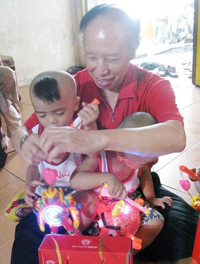 Những đứa trẻ bị bỏ rơi từng gặp Chủ tịch UBMTTQ Việt Nam, giờ đã không còn côi cút - 2