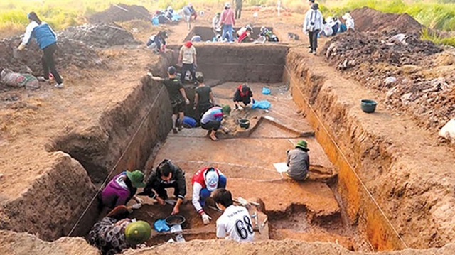 Phát hiện nạn đào trộm cổ vật công khai ở di chỉ Vườn Chuối - 2