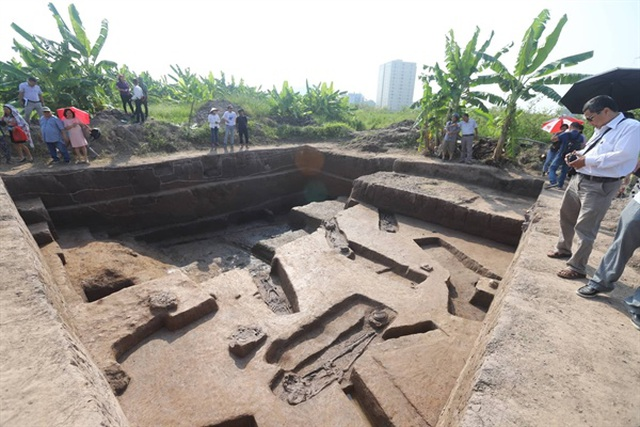 Phát hiện nạn đào trộm cổ vật công khai ở di chỉ Vườn Chuối - 1