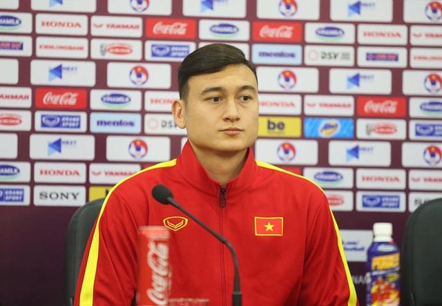 """HLV Park Hang Seo: """"UAE chắc chắn chơi tất tay với đội tuyển Việt Nam"""" - 3"""