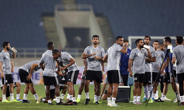 Đội tuyển UAE làm quen thời tiết Hà Nội và mặt sân Mỹ Đình - 9
