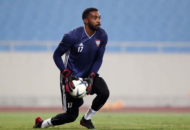 Đội tuyển UAE làm quen thời tiết Hà Nội và mặt sân Mỹ Đình - 11
