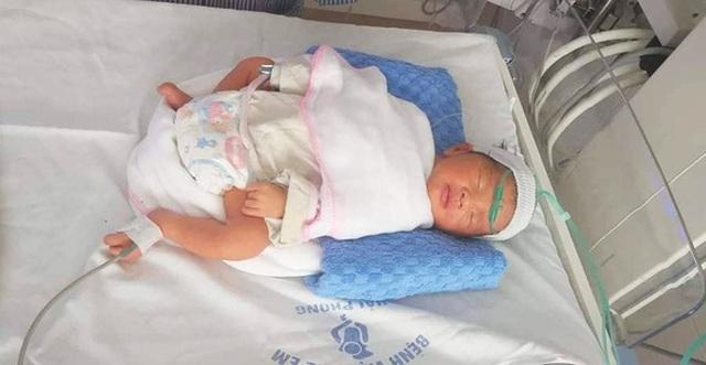 Cứu sống thai nhi 34 tuần trong bụng bà mẹ bị tai nạn giao thông nguy kịch - 1