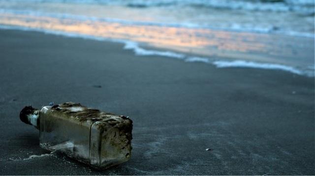 Viết thư thả biển, 9 năm sau nhận được hồi đáp - 1