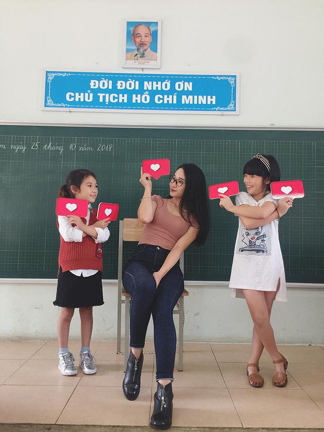 """Cô giáo Việt Nam được truyền thông Trung Quốc khen quyến rũ"""" - 4"""