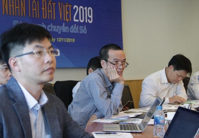 Xem màn hỏi xoáy đáp xoay của Hội đồng giám khảo và các thí sinh Nhân tài Đất Việt 2019 - 11