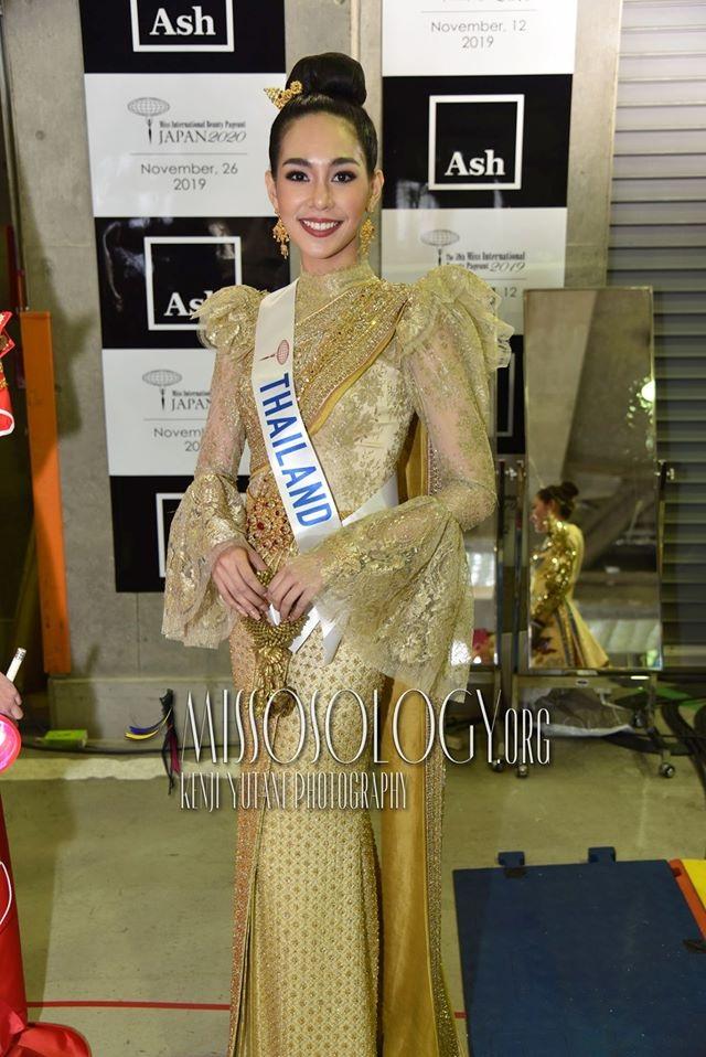 Trước khi sở hữu nhan sắc hoàn mỹ, tân hoa hậu quốc tế từng phải niềng răng - 15