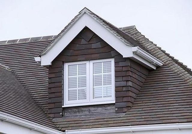 Mẫu nhà mái tam giác 2 tầng đẹp long lanh với chi phí thấp - 4