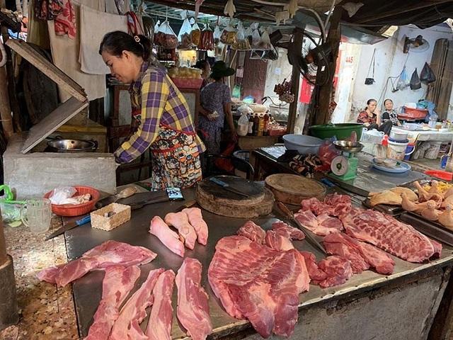 Thịt lợn tăng chưa từng có, do chính dân nuôi thổi giá - 2