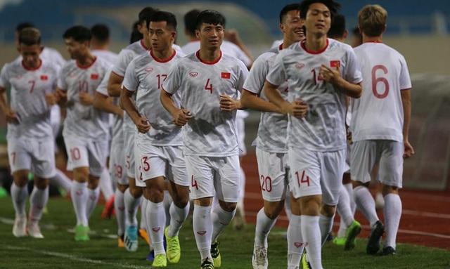 Chờ đấu UAE ở Mỹ Đình, đội tuyển Việt Nam đón tin vui không ngờ - 1