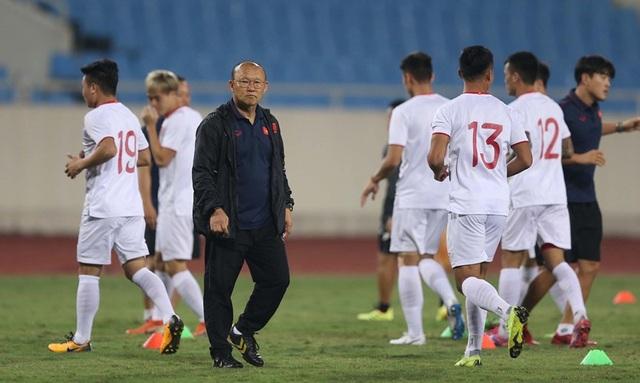 Chờ đấu UAE ở Mỹ Đình, đội tuyển Việt Nam đón tin vui không ngờ - 4