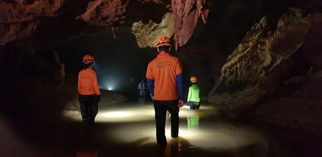 """Động Chà Lòi – """"mê cung dát vàng"""" trong lòng đất tại Quảng Bình - 3"""