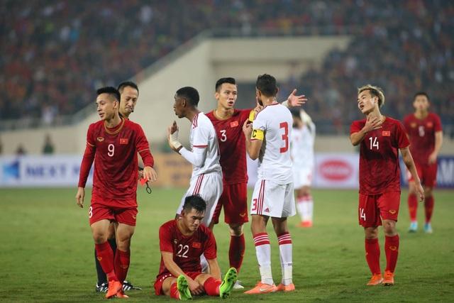 Việt Nam 1-0 UAE: Tiến Linh ghi bàn đẳng cấp - 15