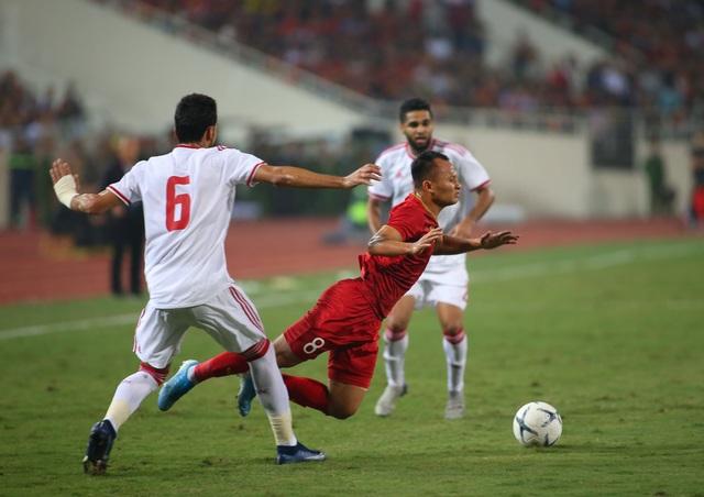 Việt Nam 1-0 UAE: Tiến Linh ghi bàn đẳng cấp - 18