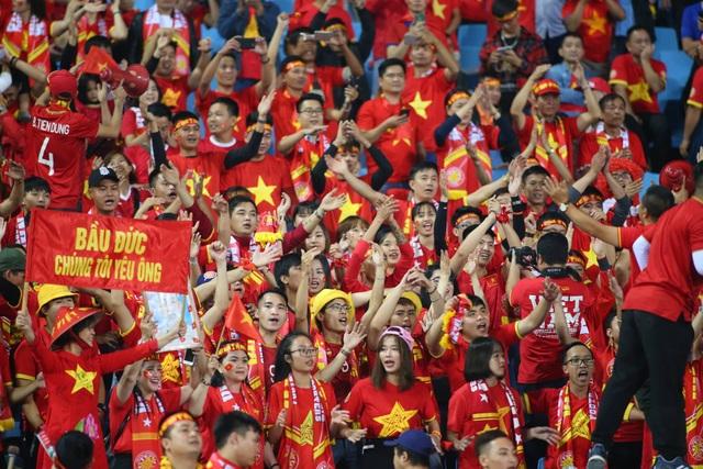 Việt Nam 1-0 UAE: Tiến Linh ghi bàn đẳng cấp - 33