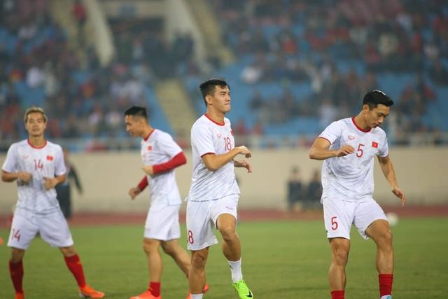 Việt Nam 1-0 UAE: Tiến Linh ghi bàn đẳng cấp - 28