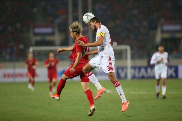 Việt Nam 1-0 UAE: Tiến Linh ghi bàn đẳng cấp - 20