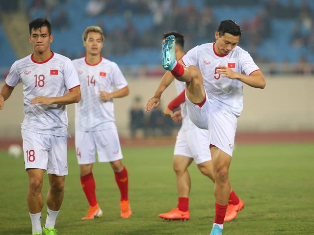 Việt Nam 1-0 UAE: Tiến Linh ghi bàn đẳng cấp - 29