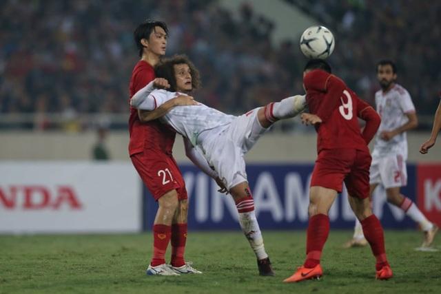 Việt Nam 1-0 UAE: Tiến Linh ghi bàn đẳng cấp - 8