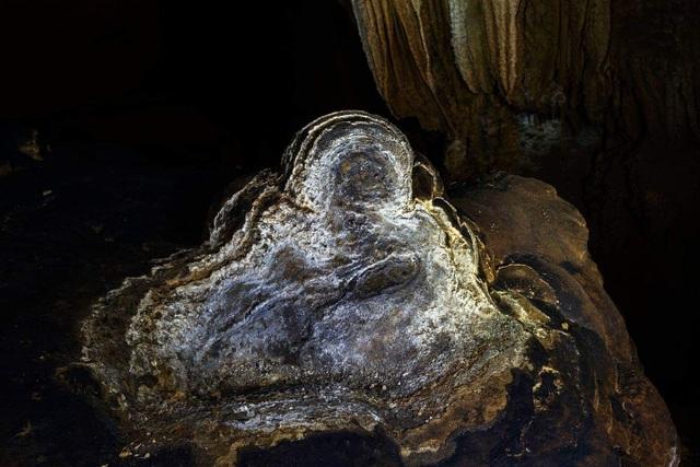 """Động Chà Lòi – """"mê cung dát vàng"""" trong lòng đất tại Quảng Bình - 11"""
