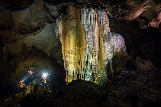 """Động Chà Lòi – """"mê cung dát vàng"""" trong lòng đất tại Quảng Bình - 9"""