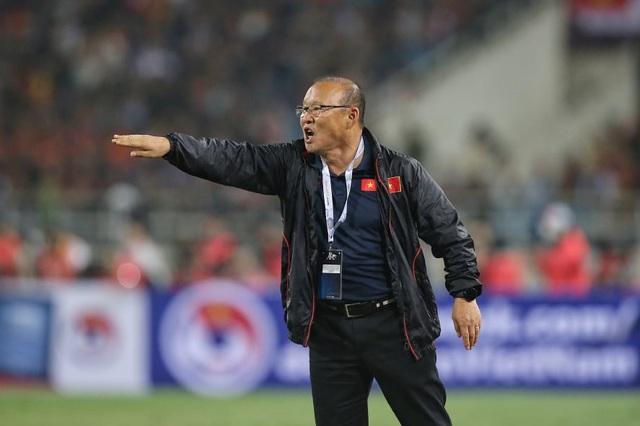 Việt Nam 1-0 UAE: Tiến Linh ghi bàn đẳng cấp - 7