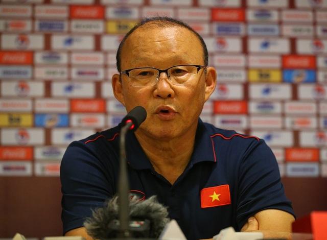 """HLV Park Hang Seo: """"Chúng ta phải quên trận thắng UAE để đối đầu Thái Lan"""" - 1"""
