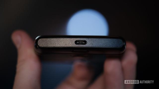 """""""Huyền thoại"""" Motorola Rarz chính thức """"hồi sinh"""" với thiết kế màn hình gập - 8"""