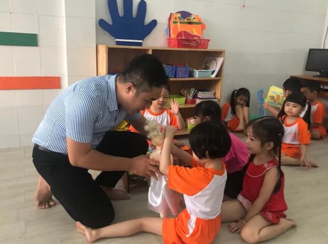 Thầy giáo 14 năm dạy trẻ mầm non giữa Sài Gòn - 4