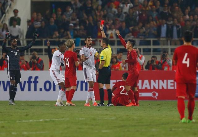 Việt Nam 1-0 UAE: Tiến Linh ghi bàn đẳng cấp - 16