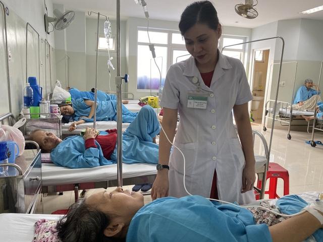 Nữ bác sĩ trẻ duy nhất của Châu Á được Hiệp hội ung thư phụ khoa quốc tế chọn đào tạo - 1