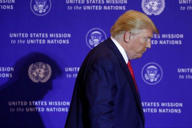 """Cử tri Mỹ chia rẽ trước """"sóng gió"""" luận tội Tổng thống Trump - 1"""