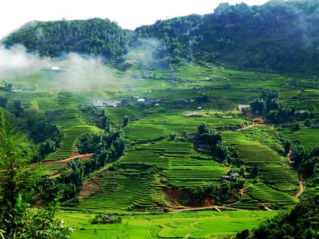 Lương Sơn - Hoà Bình, vùng đất còn lưu giữ vẻ đẹp nguyên sơ - 1
