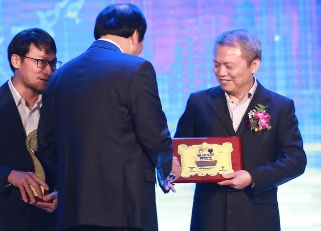GS.TS Lê Ngọc Thành: Tôi xin cảm ơn người bệnh và gia đình đã tin tưởng chúng tôi - 2