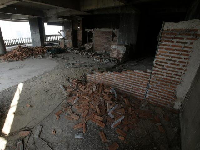 Bên trong tòa tháp ma bí ẩn bị bỏ hoang hàng chục năm - 3