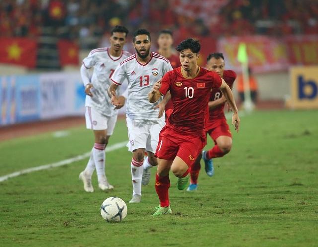 Công Phượng làm khổ hàng thủ đội tuyển UAE như thế nào? - 3
