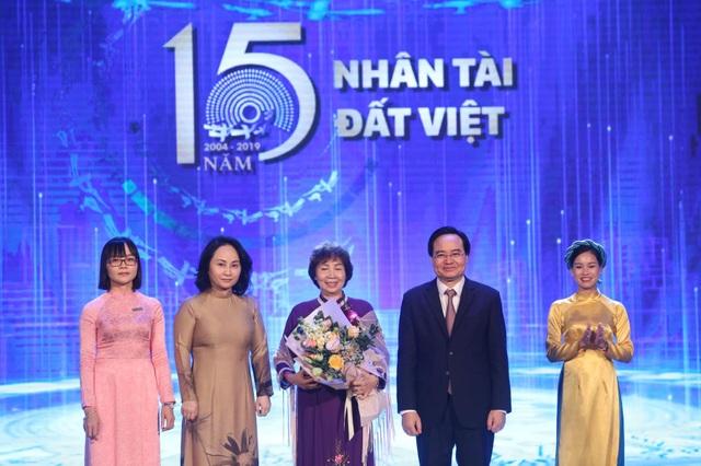"""Công trình khoa học """"16 năm"""" giúp giải bài toán môi trường làng nghề giành giải nhất Nhân tài đất Việt 2019 - 1"""