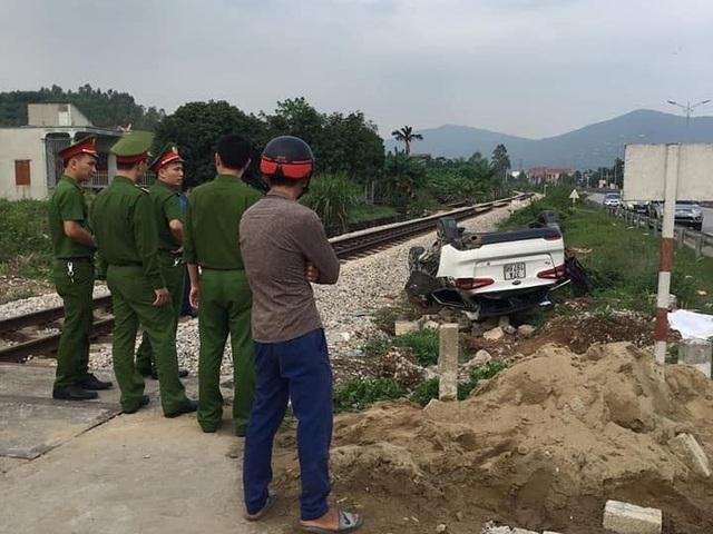 Tàu hỏa tông ô tô, một người tử vong tại chỗ - 2