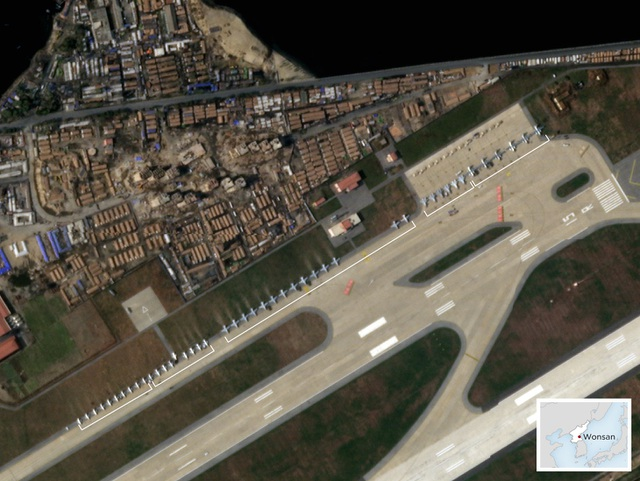 Lộ ảnh dàn máy bay chiến đấu Triều Tiên xếp hàng bí ẩn