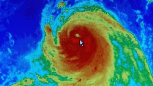Biến đổi khí hậu làm bão mạnh hơn gấp 3 lần - 1