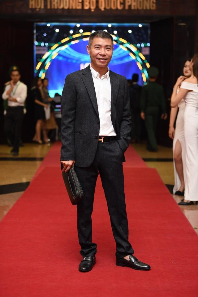 Nhiều nghệ sĩ chúc mừng Lễ trao giải Nhân tài Đất Việt - 4