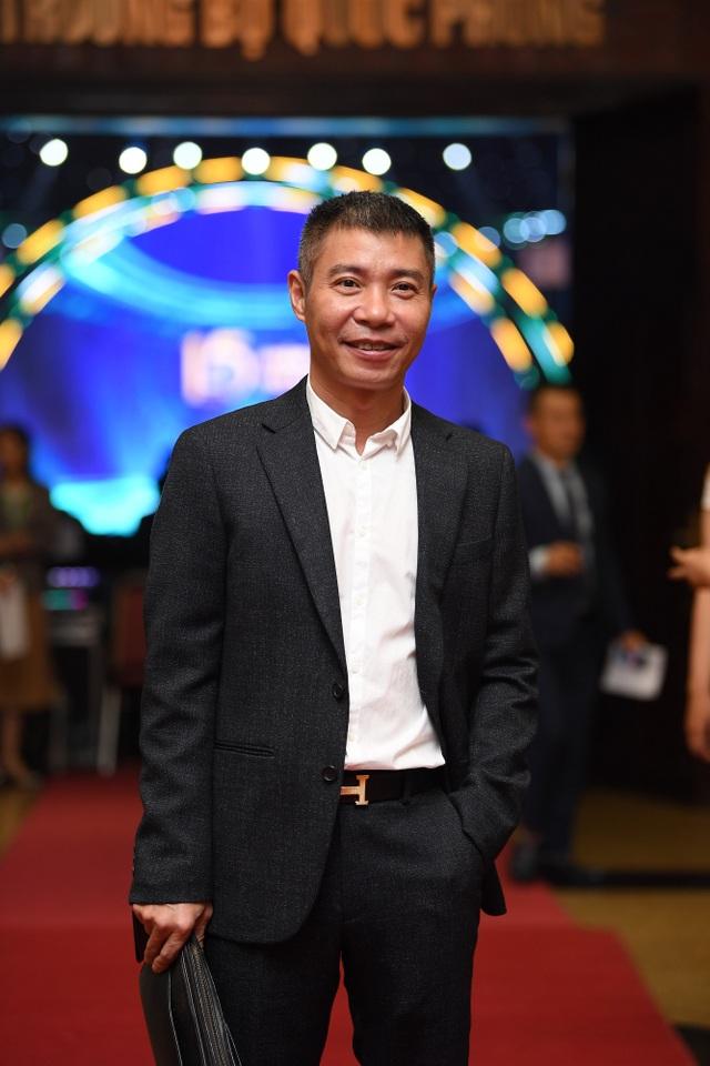 Nhiều nghệ sĩ chúc mừng Lễ trao giải Nhân tài Đất Việt - 3