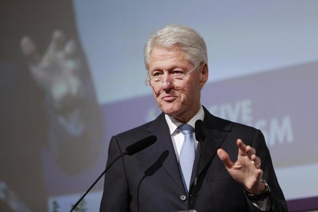 Ông Clinton khuyên Tổng thống Trump giữa lùm xùm điều tra luận tội - 1