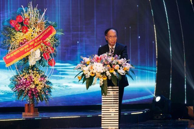 """Chủ tịch Quốc hội gửi thư chúc mừng Giải thưởng """"Nhân tài đất Việt"""" - 2"""